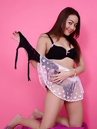 Gorgeous brunette Petra Lily So knows how to make a..