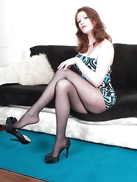 Holly Kiss - Pantyhose girl for hire!