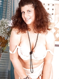 Gorgeous Anilos Gilly flaunts her sultry nude mature body..