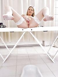 Nasty blonde nurse Katy Caro peeing