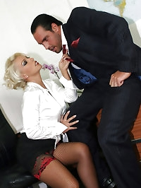 Lana fucked right at her desk by the boss