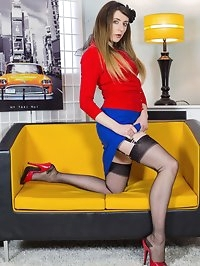 Showcasing some fabulous reinforced heel and toe nylons in..