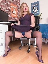 Olga finds porn on her office workstation, and gets turned..