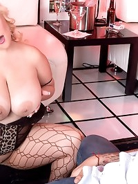 Xl Anal Strip Club