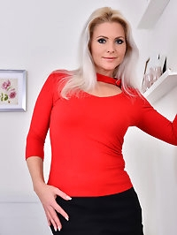 Czech mom Kathy Anderson is back for another round of..