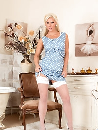 Horny milf Jennifer Jade is a 32 year old housewife whose..