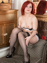 30 year old Poline is a bored and horny housewife who..