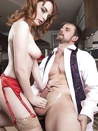 Cum Loving Housewife Lola Gatsby Drains Cum in the Kitchen