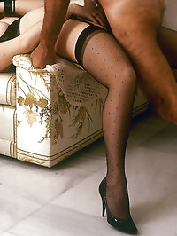 Milf in her sexy lingerie seduces her husband