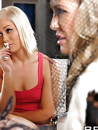 Ash Hollywood, Brandi Love Pictures in Competing for the..