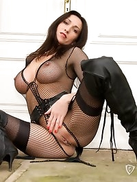 Miss Hybrid In a little leather