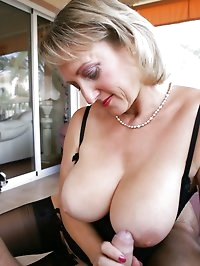 Slutty mom lets it all hang out
