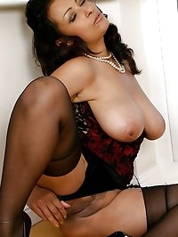 Donna is guaranteed to turn you on with her tits!