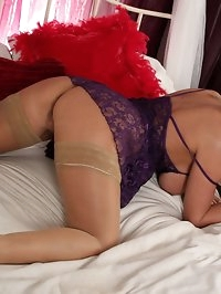 Lucy Zara dressed in sexy lingerie enjoying the taste and..