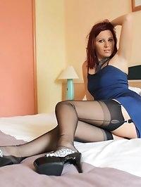 long legged beauty shows nylon loving