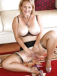 Darling looks hot in nylon