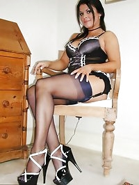 Steaming-hot lady in black lingerie