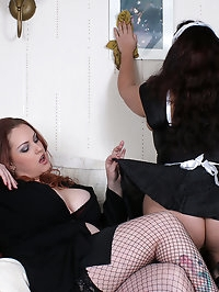 Mellie D and Redd Adaire busty lesbo fun