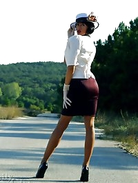 Luxury lady posing outdoor in vintage stockings and sexy..