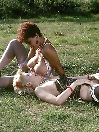 Hot retro lesbian show each other a good time