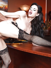 Veronica Avluv Pictures in Show Me Who's Boss
