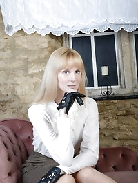 Hot blonde Milf uses her sexy leather gloves to get out..