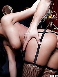 Anissa Kate Pictures in Burlesque Excess