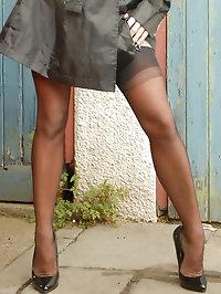 Michelle Thorne - Flasher Mac...