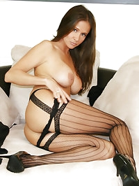 HotWifeRio strips down to her black stockings then gets..