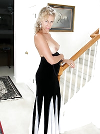 54 year old Sabrina from AllOver30 slides out of her..
