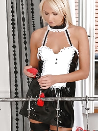 Euro maid Ivana gets kinky in bed