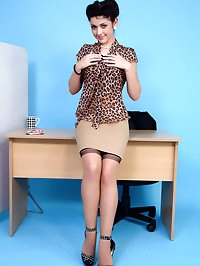 Every bosses dream secretary unwraps a Kit-Kat and her..