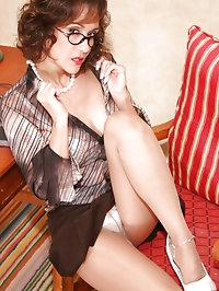 Incredible hot vintage set with beautiful mature model Roni